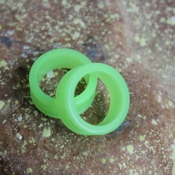Zielony fluorescencyjny silikonowy tunel