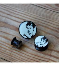 Plug akrylowy - Audrey Hepburn (prawy)