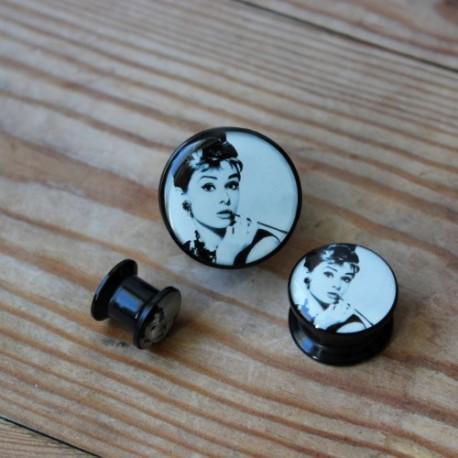 Plug akrylowy - Audrey Hepburn (lewy)
