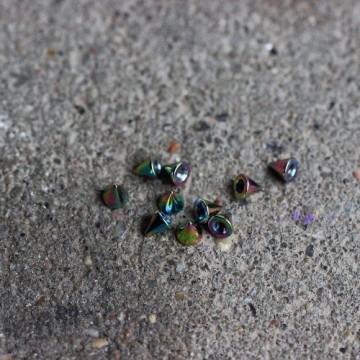 Stożek stalowy anodyzowany TĘCZOWY