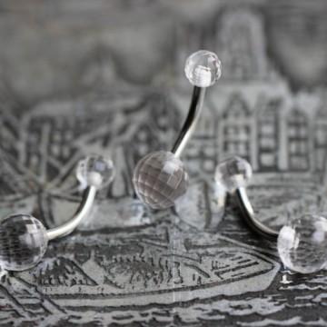Kolczyk do pępka ze stali z kulkami DISCO PRZEŹROCZYSTY