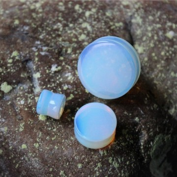 Plug z kamienia półszlachetnego Opalit