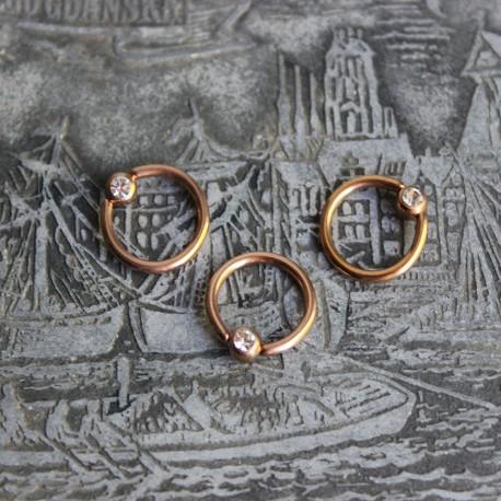 Kółko w kolorze różowego złota z kryształkiem BEZBARWNY