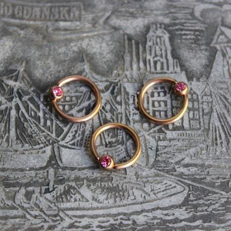 Kółko w kolorze różowego złota z kryształkiem RÓŻOWY